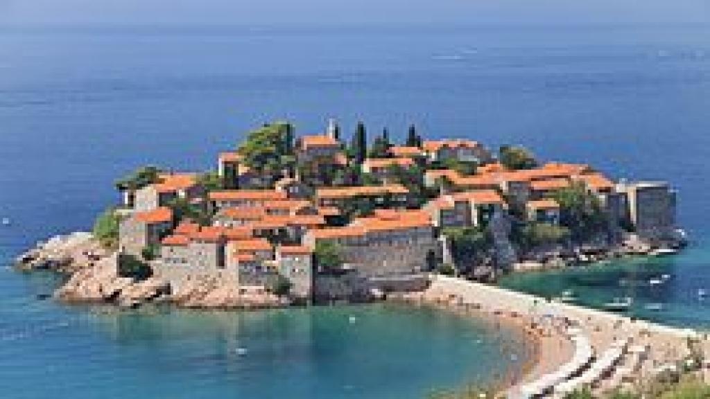 Остров Свети Стефан – бисерът на Черна гора