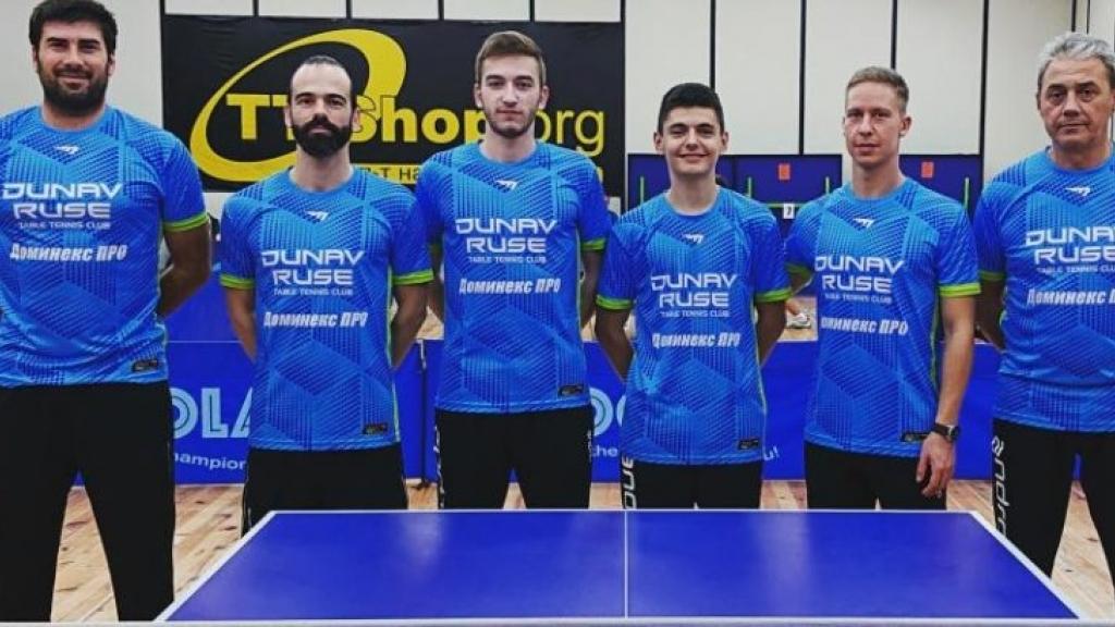 """Мъжкият отбор от СКТМ """"Дунав"""" със сребро  от отборния шампионат по тенис на маса"""