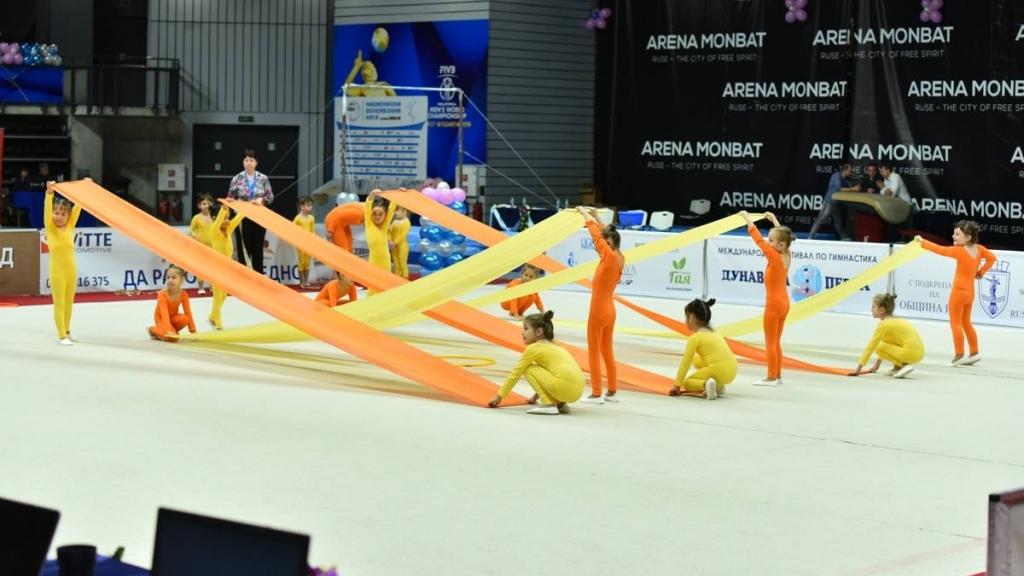 """""""Дунавска перла"""" събира гимнастици от девет страни в Русе"""