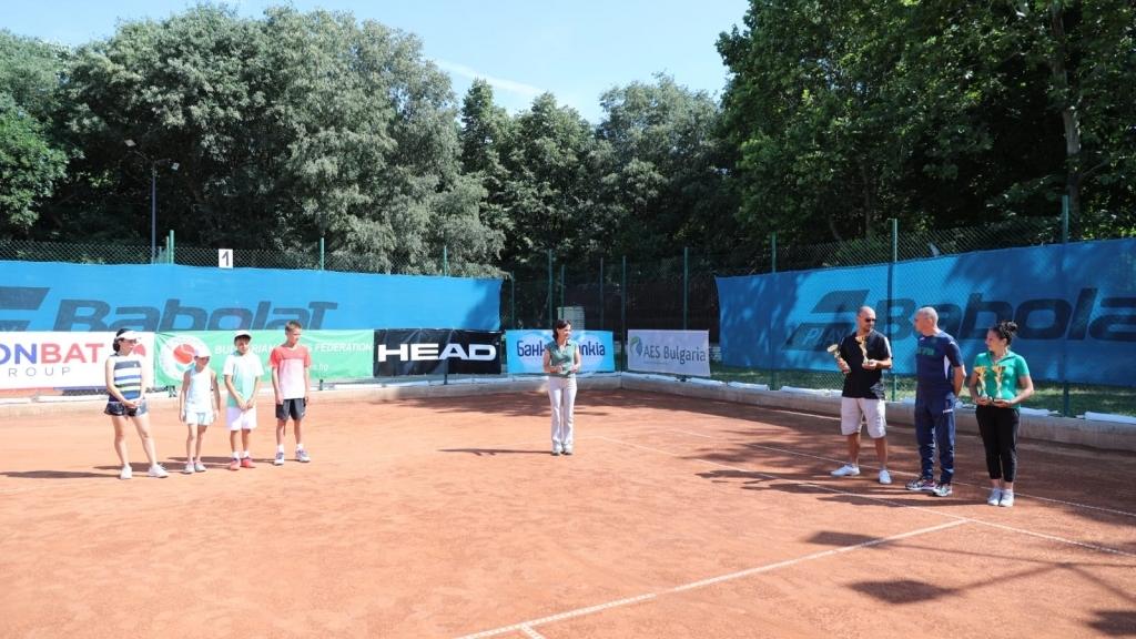 Тенис турнир събра млади състезатели в Русе