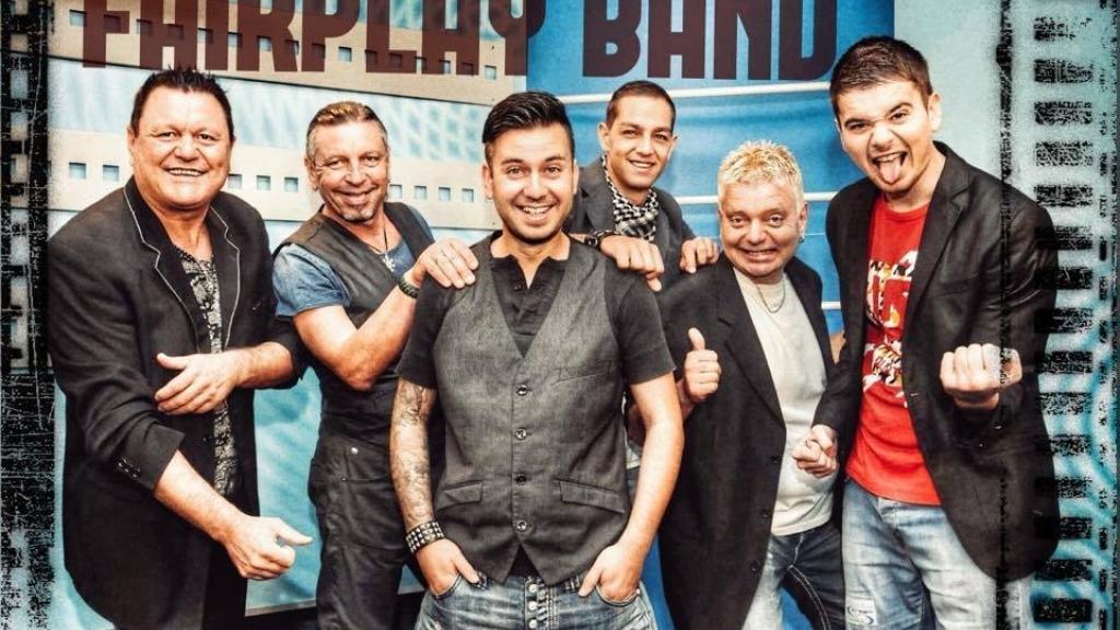 Fairplay Band - Дебютът