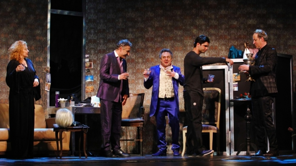 """Звезди на Народния театър представят в Русе """"Актрисата"""""""