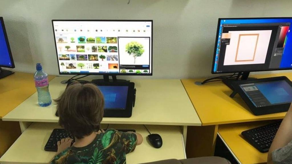 Стартира курсът по Дигитално рисуване на Лятната Креативна Академия