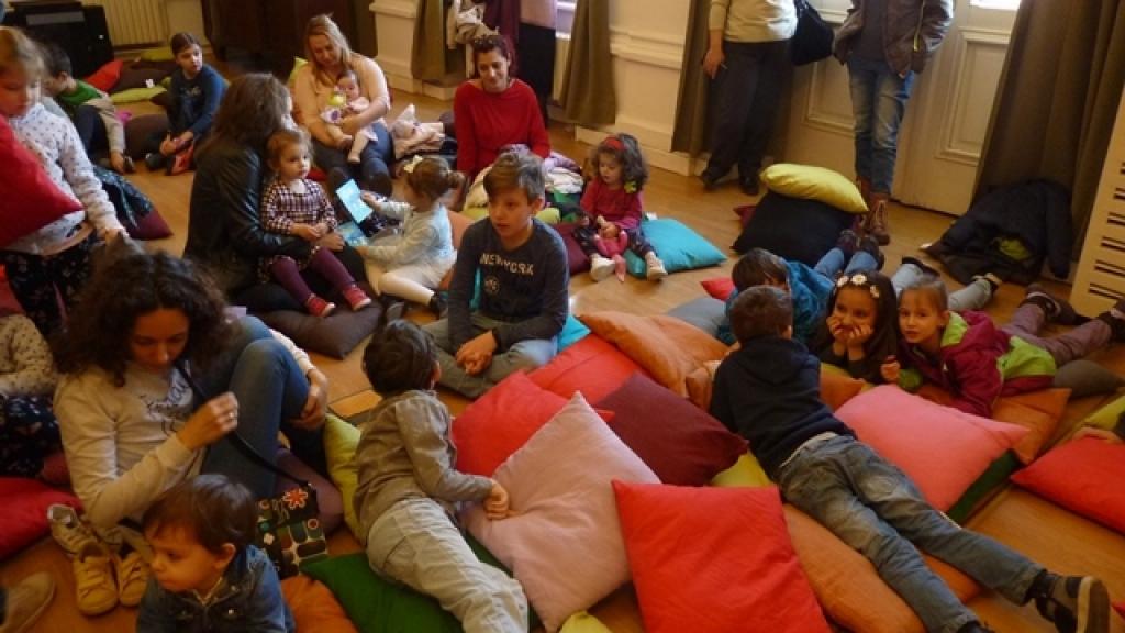 Деца се забавляваха в ритъма на джаза