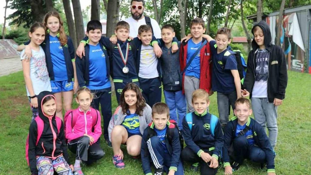 "6 медала за плувците на ""Ирис"" от турнир ""Златоперки"""