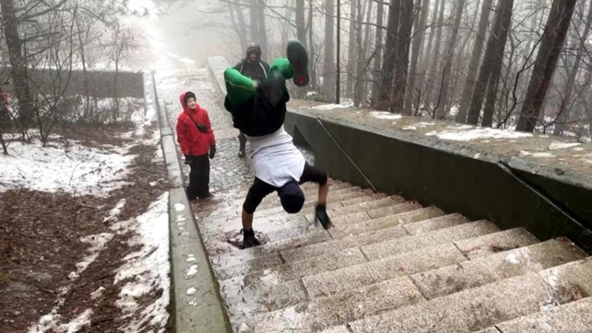 Русенецът Пламен Атанасов изкачи над 1100 стъпала в Шумен