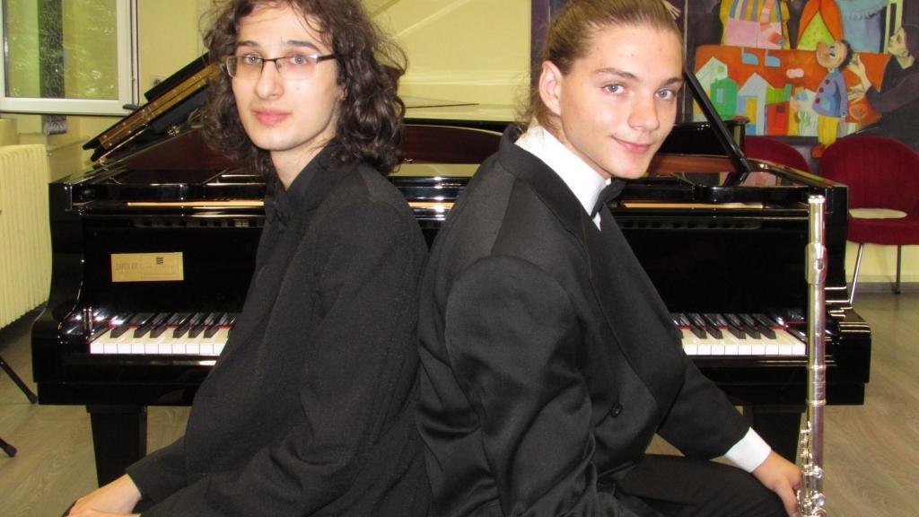 Пианистът Николай Димитров подарява концерт на русенската публика