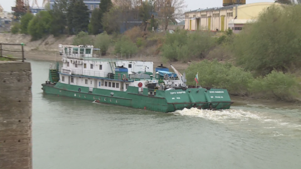 Пускат ферибота Русе-Гюргево до края на годината