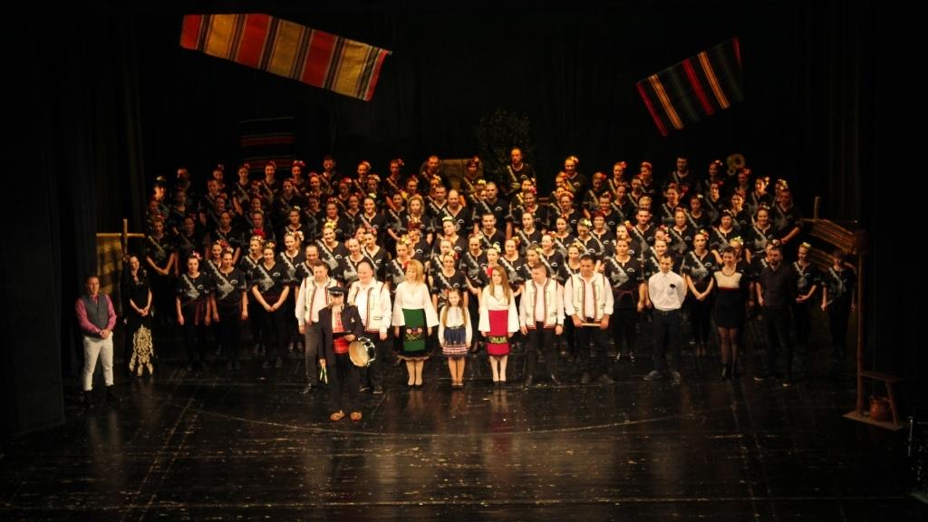 """Танцова школа """"ИГРАОРЦИ"""" отбеляза 13-ти рожден ден с празничен концерт"""