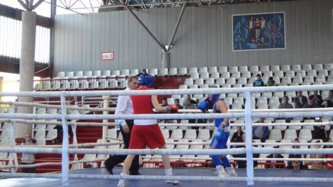 "Три титли и четири бронзови медала за русенските боксьорки от БК ""Русе"""