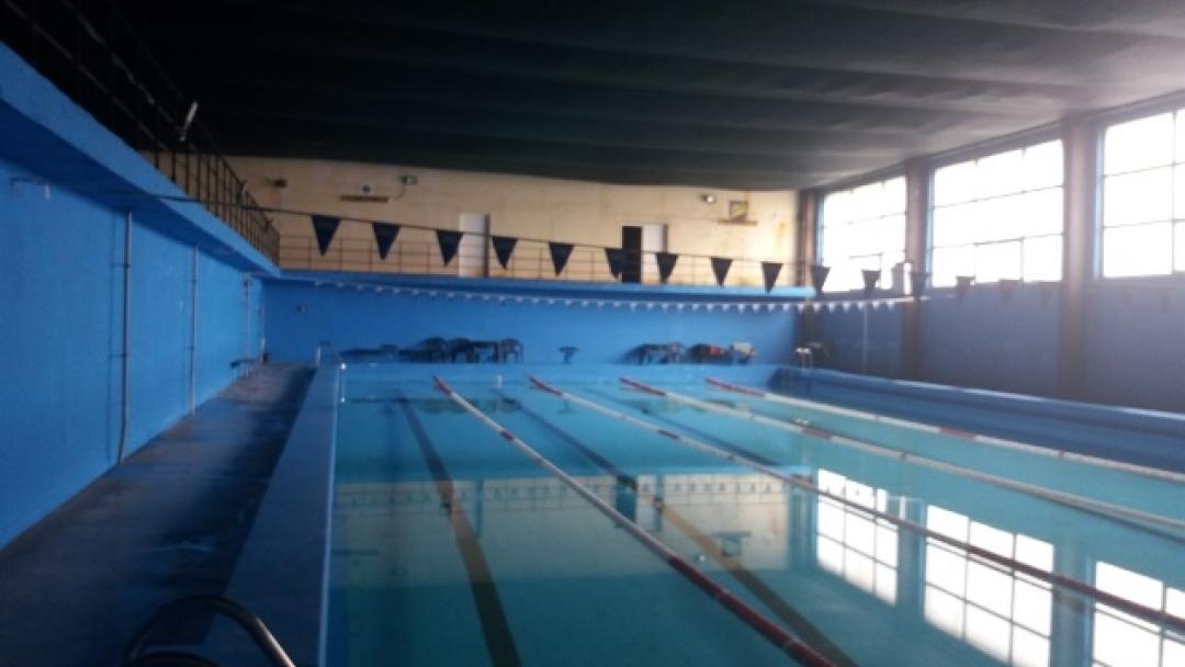 Продават басейна на Спарки АД