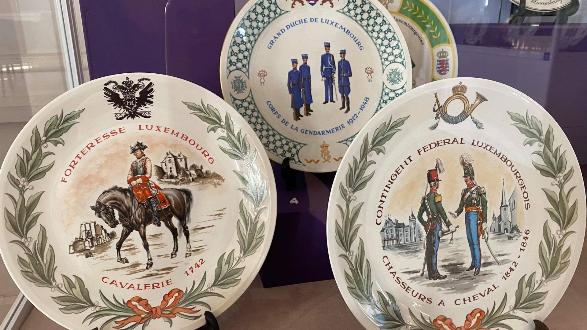 Музеят подреди в изложба истории от порцелан