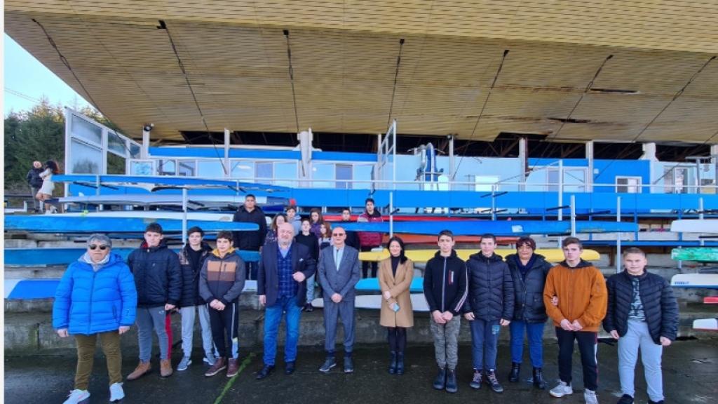 Министър Кралев обеща повече пари за спорта в Русе