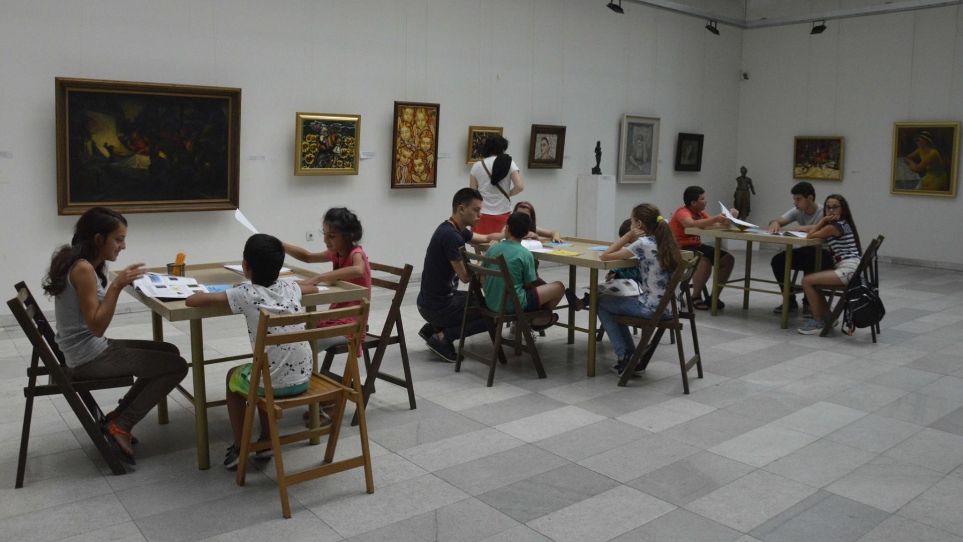 Започнаха творческите ателиета в РХГ