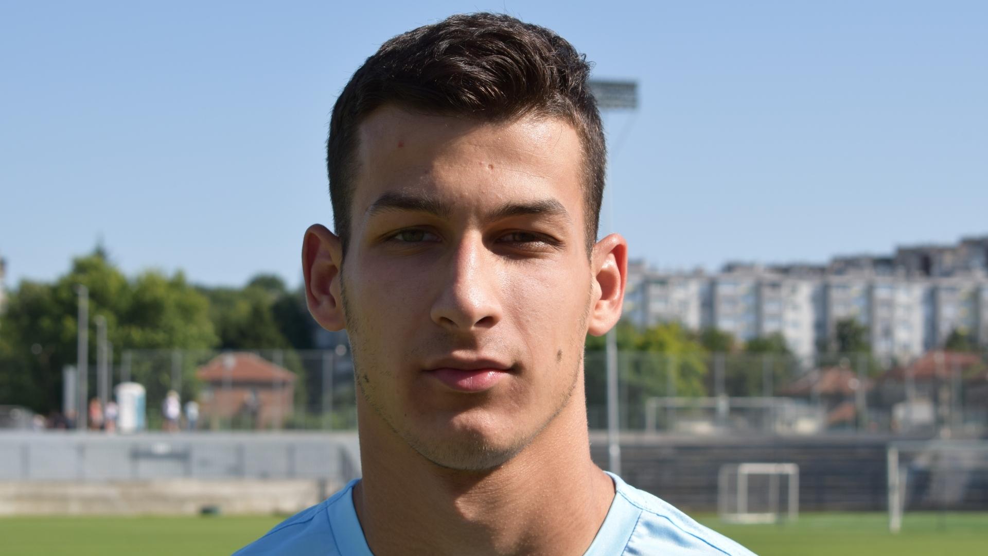 Русенски футболист с повиквателна за националния юношески тим