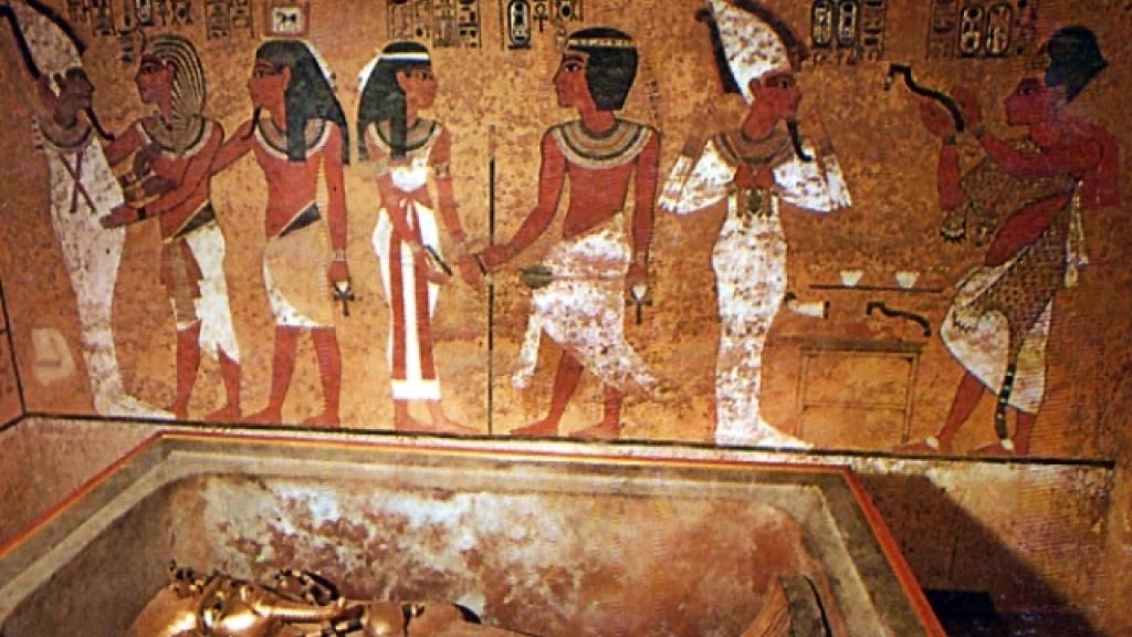 На днешната дата: Хауърд Картър открива за света Тутанкамон