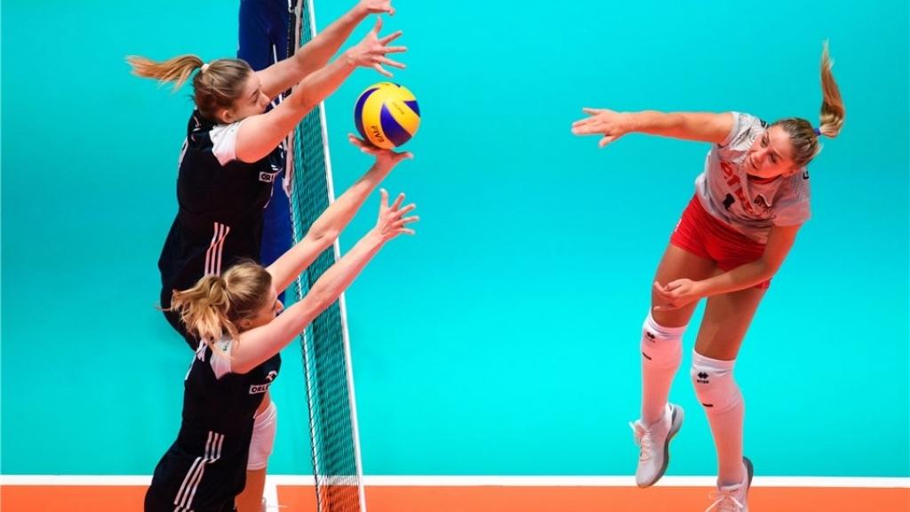 Женският национален тим на България по волейбол с ново поражение