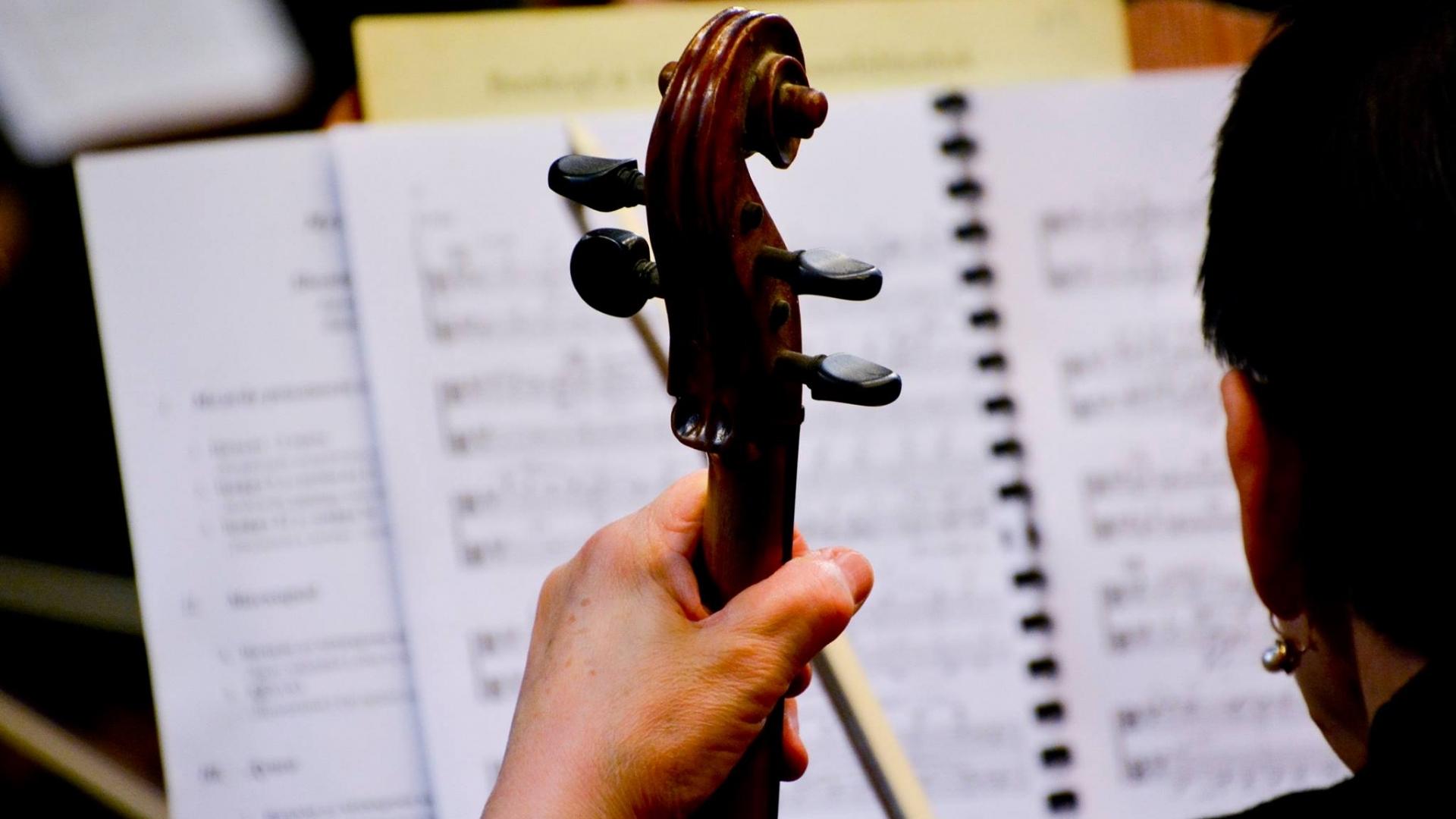 """Симфоничен концерт тази вечер в зала """"Филхармония"""""""