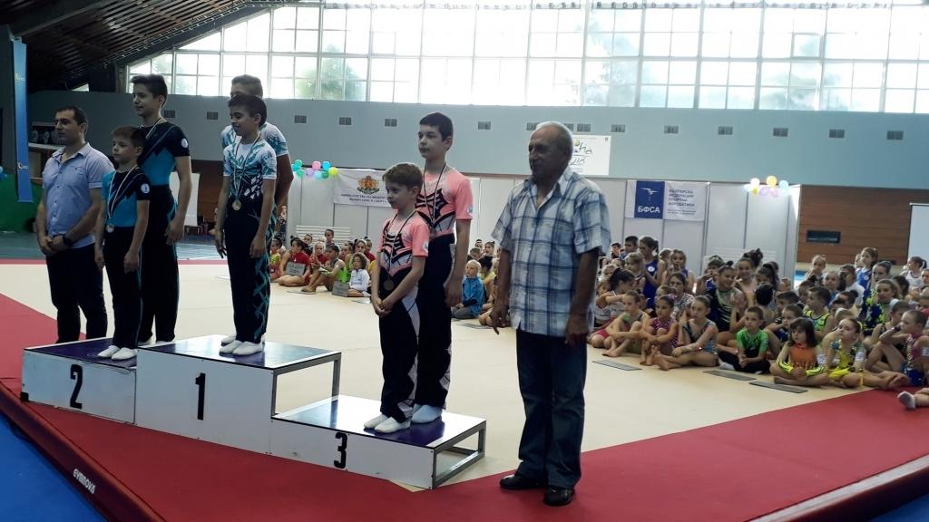 Русенски акробати с бронз от държавно първенство