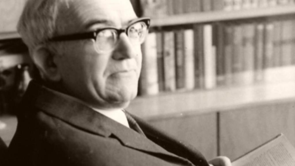 На 12 юни 1904 г. е роден Атанас Далчев