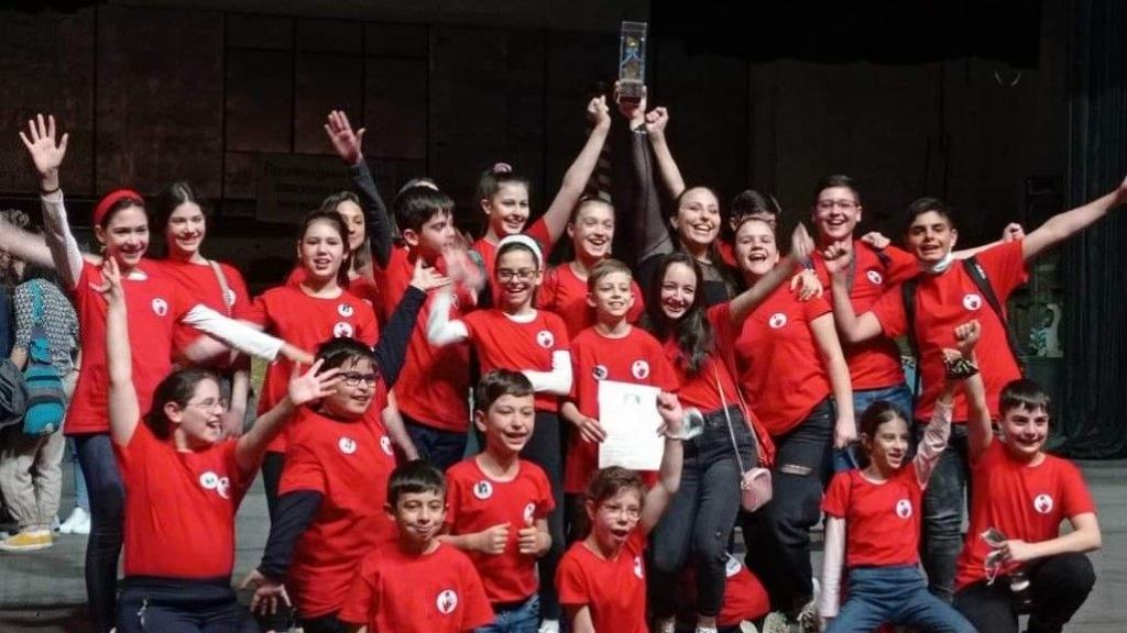 """Децата от театралната школа към Кукления театър спечелиха голямата награда """"Малкият принц"""""""