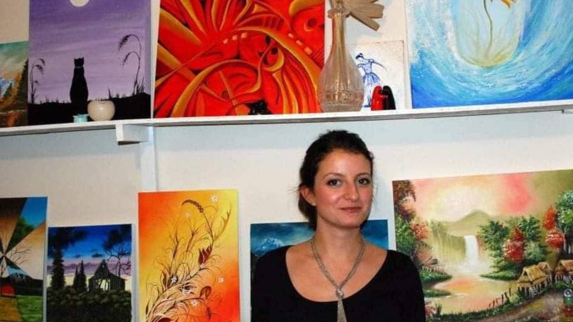 Самоука художничка с изложба в Онкодиспансера