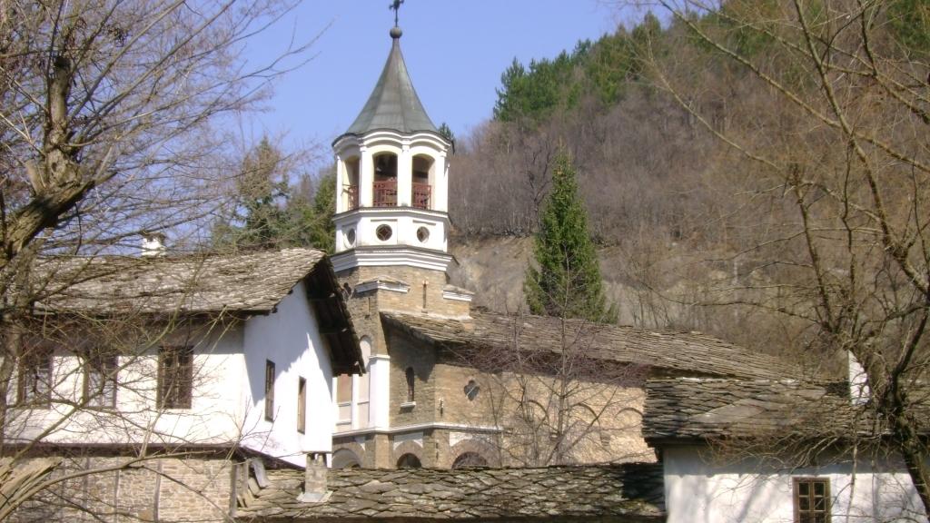 Дряновският манастир пази от векове християнските традиции