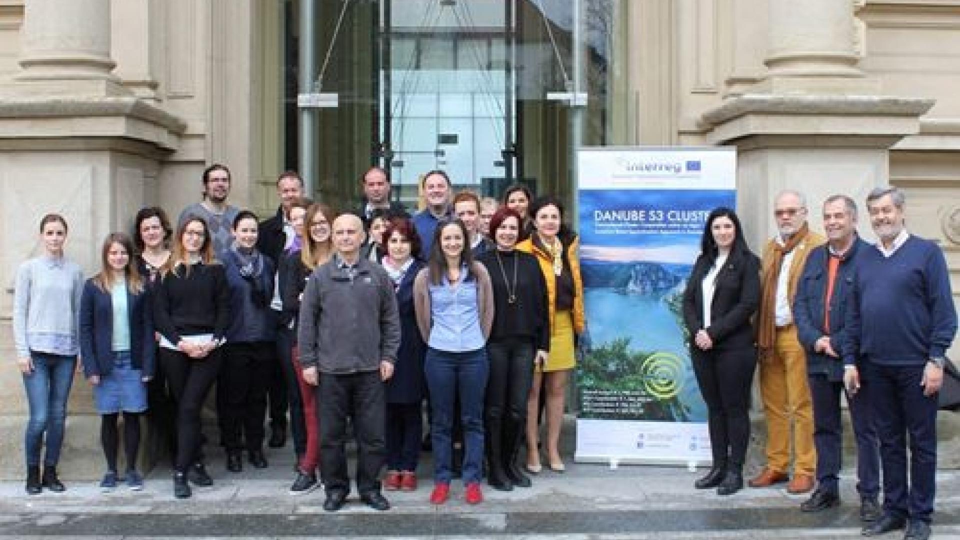 Влиянието на COVID19 върху сектора на агрохраните ще бъде изследвано през следващите 6 месеца по проект Дунав S3 клъстер