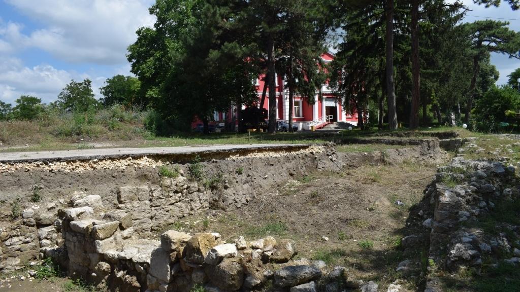"""Русенският музей предлага идеи за развитие на Римската крепост """"Сексагинта Приста"""""""