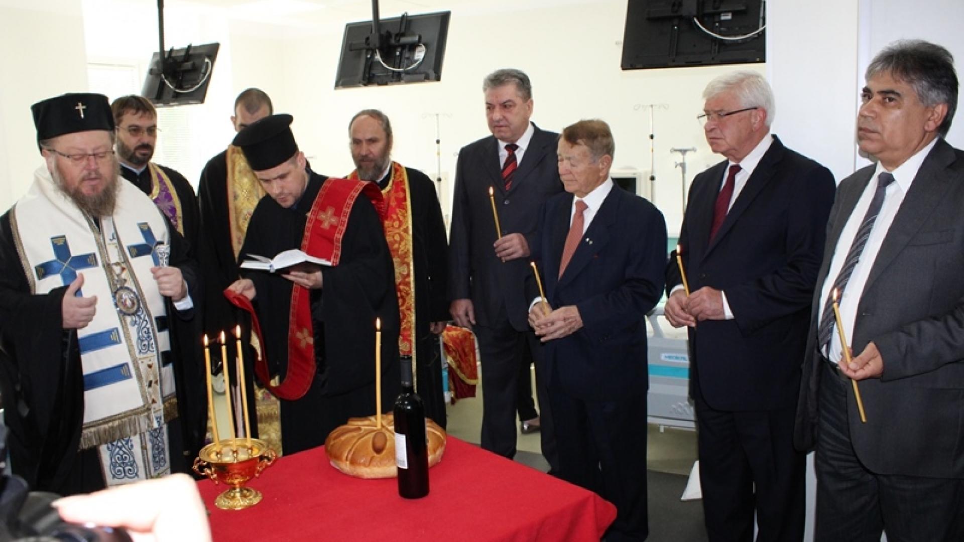 """Осветиха изцяло обновеното отделение по диализно лечение в УМБАЛ """"Канев"""""""