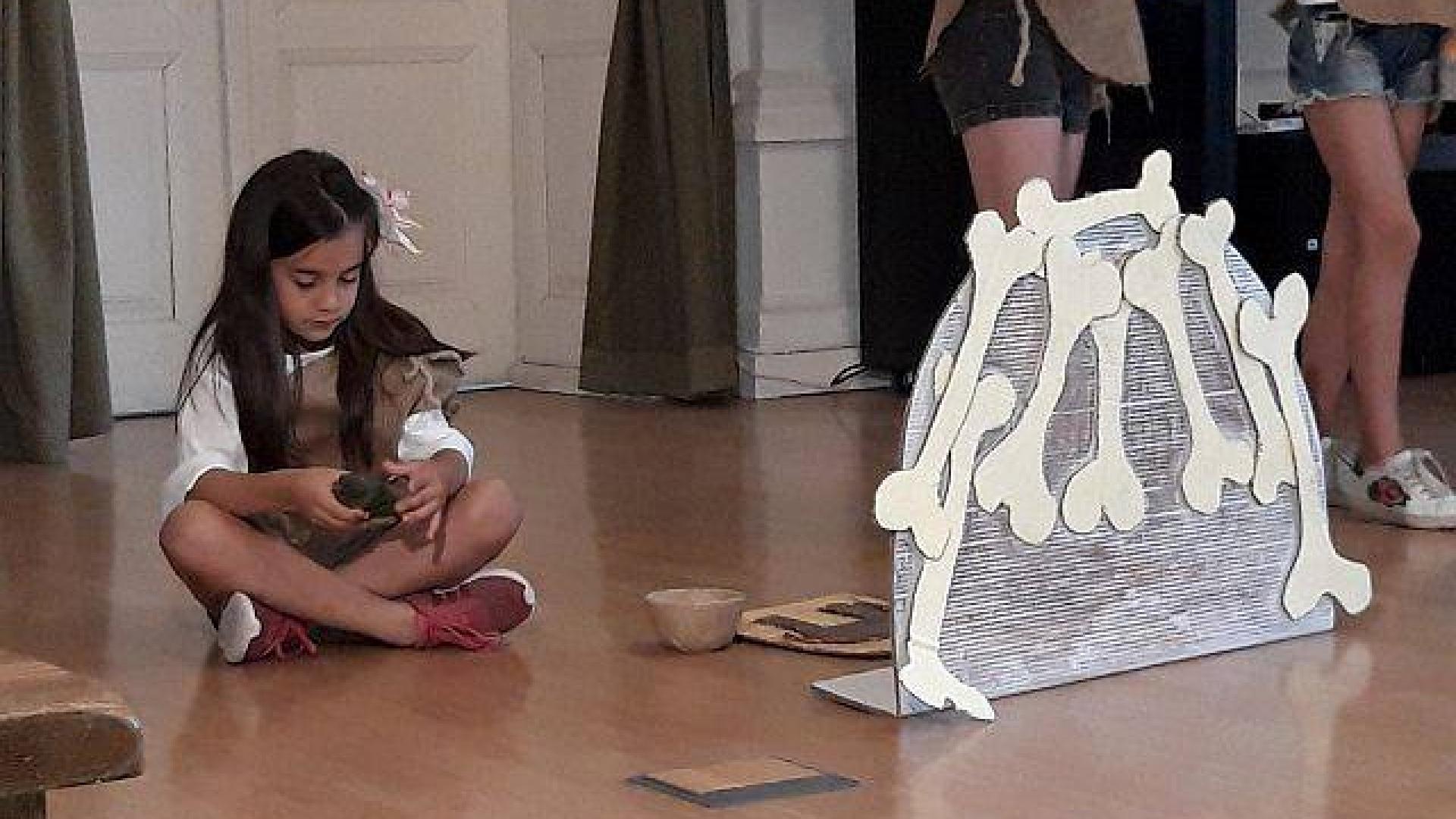 Деца пресъздадоха историята на Ерна и Маму