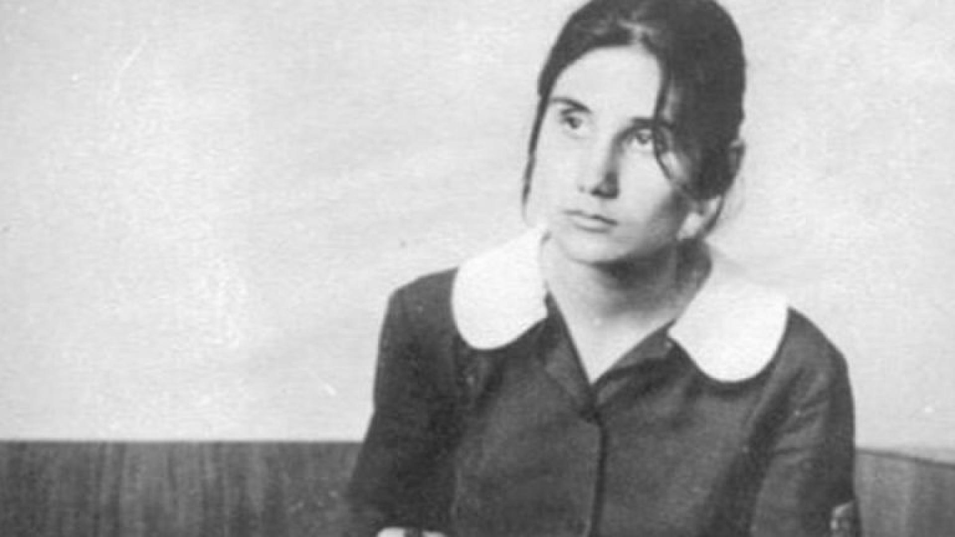 На тази дата отбелязваме 40 години от трагичната кончина на Петя Дубарова