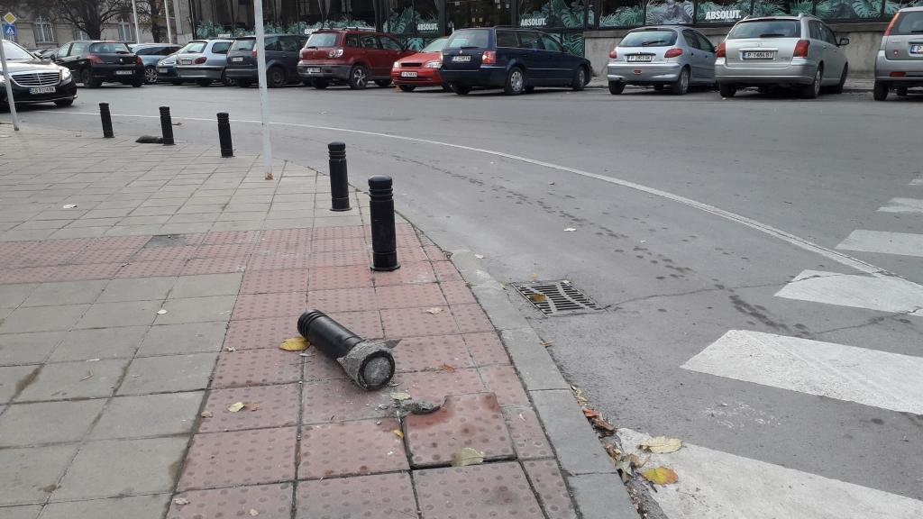 Нова вандалска проява в центъра на Русе