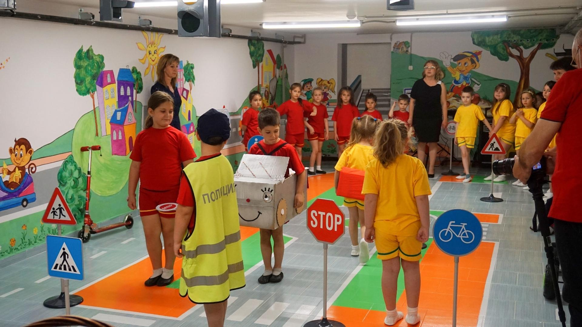 """Състезание по безопасност на движението в детска градина """"Пинокио"""""""