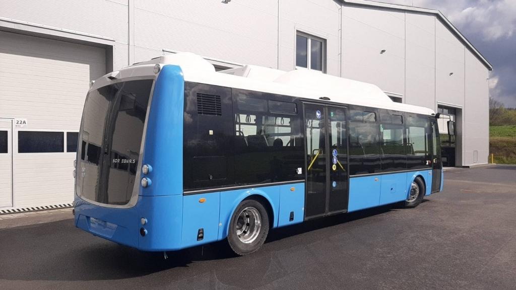 Първият от 20-те нови електробуса вече е в Русе