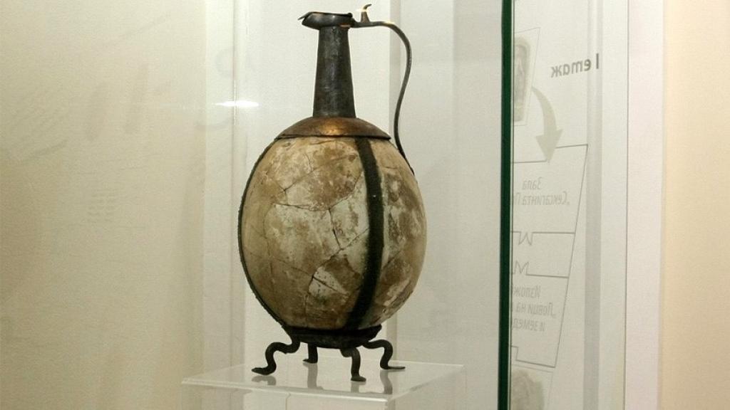 Разказват историята на кана от щраусово яйце в музея