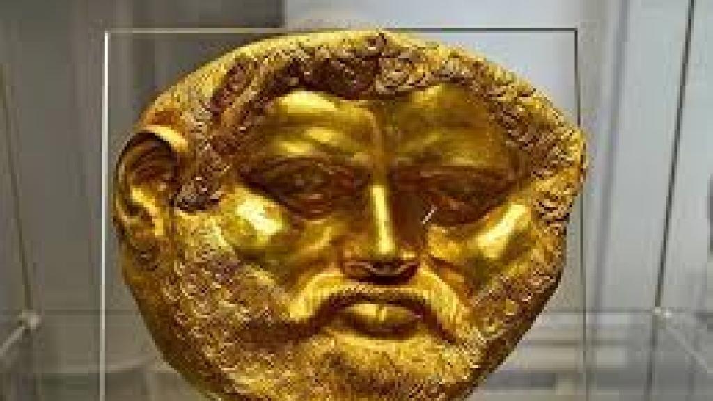 Уникалната златна маска на Терес