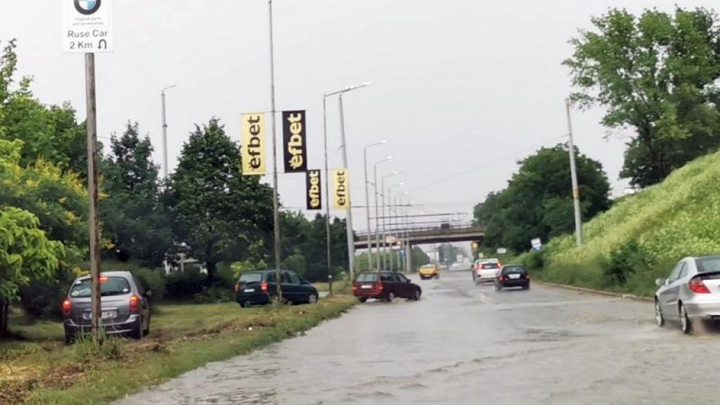 Общината увеличава отводнителните съоръжения в проблемните участъци в Русе