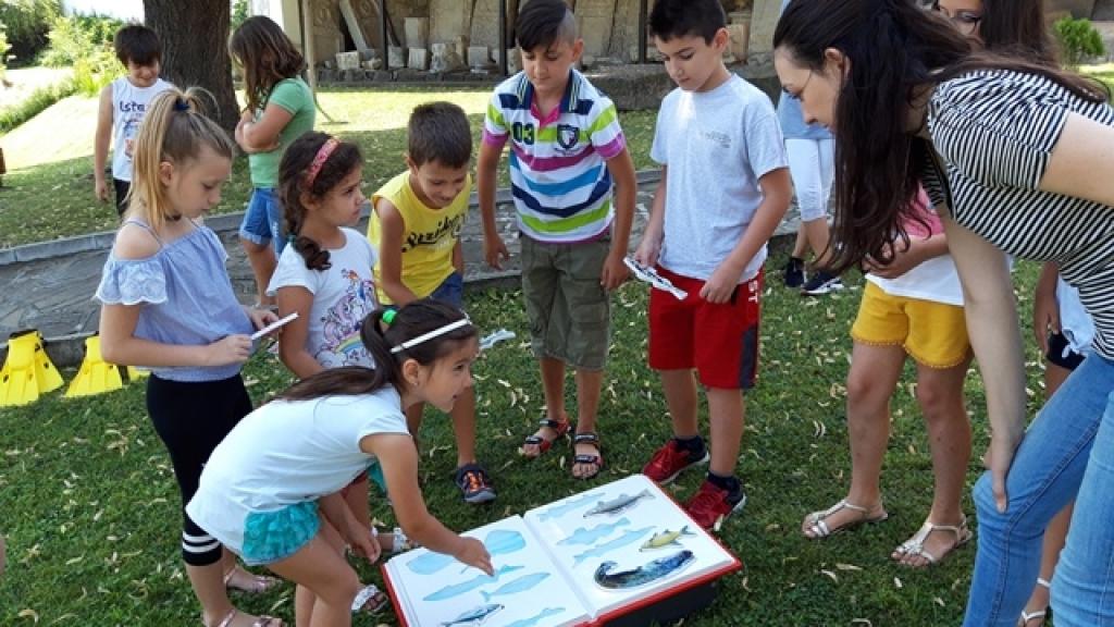 Деца от Свищов се запознаха с рибите и птиците